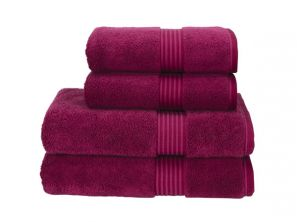 Christy Supreme Hygro Bath Sheet - Raspberry