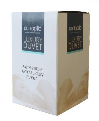 Dunlopillo Satin Stripe Anti Allergy 13.5 tog Duvet - Single