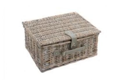 Epicurean 4-Person Traditional Picnic Hamper