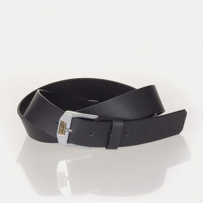 Levis New Legend Black Belt